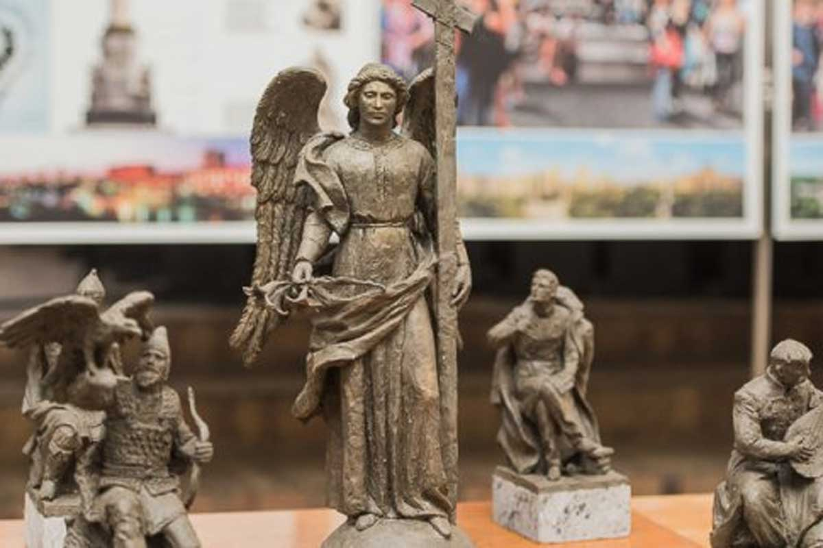 Суд признал конкурс преступным — монумент наплощади