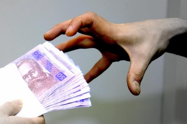НаСумщине пограничник отказался отвзятки в200 долларов