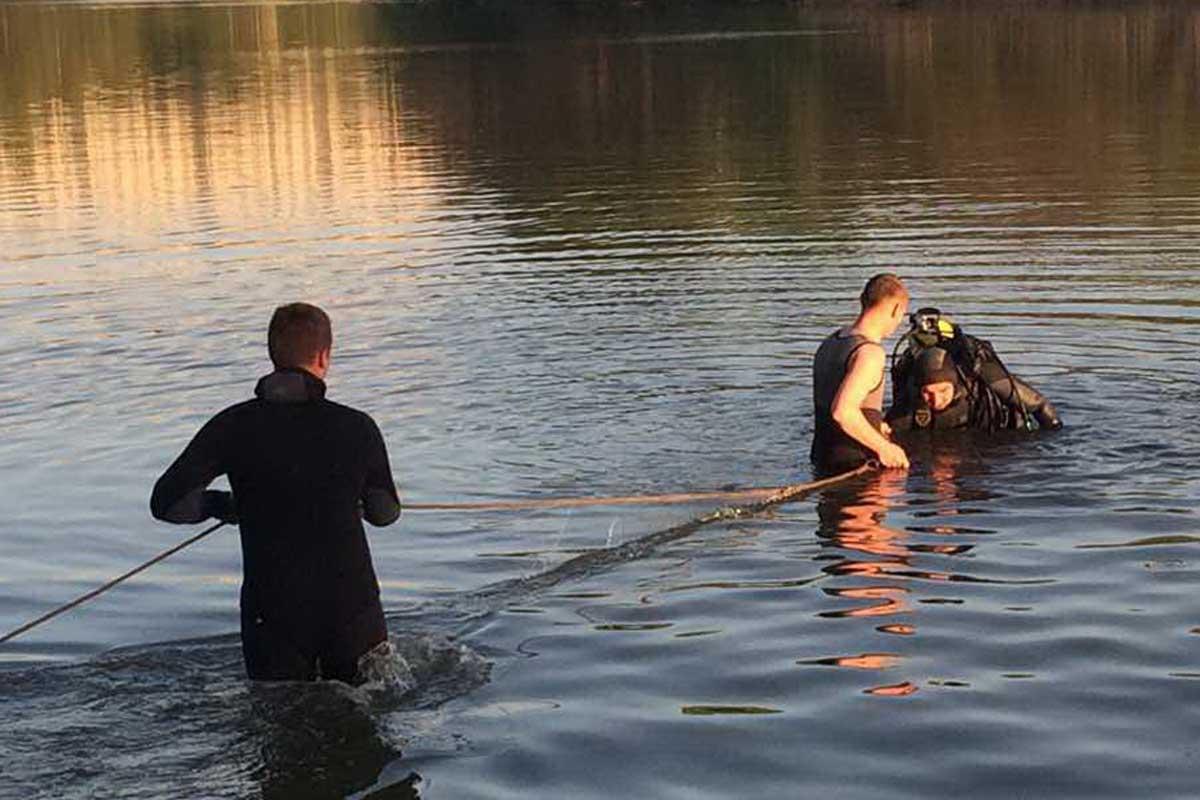 Прикарпатські рятувальники виїжджали витягувати труп потопельника із ріки