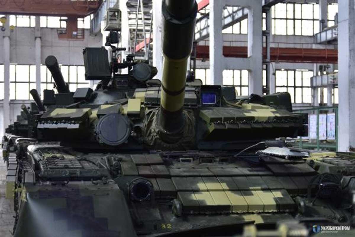 «Укроборонпром» подготовил для десантников новейшую партию танков Т-80