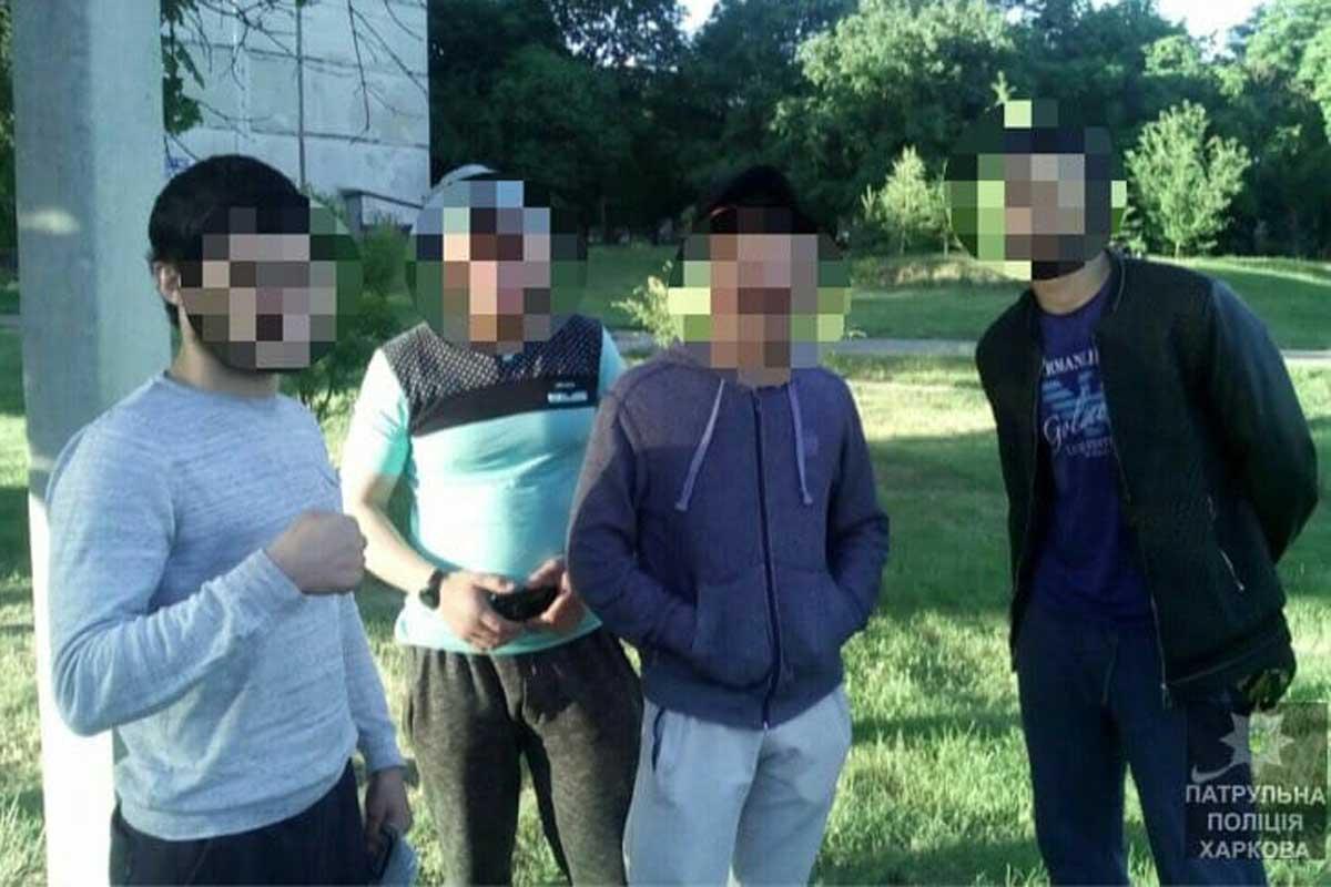 В Харькове полицейские задержали банду грабителей (ФОТО)