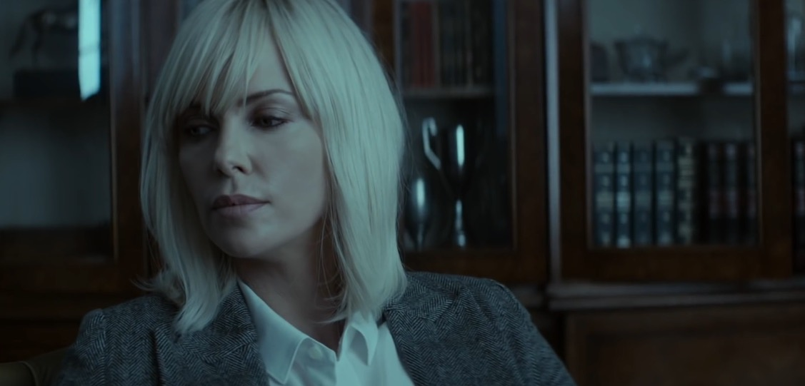 Фильм Взрывная блондинка смотреть онлайн бесплатно