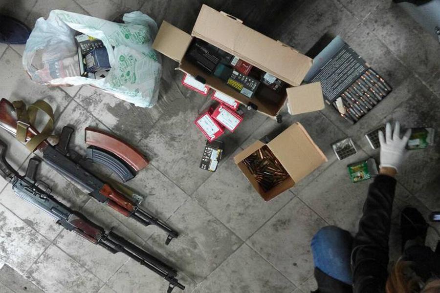 Полиция изъяла подпольный арсенал в одном из гаражей Владивостока