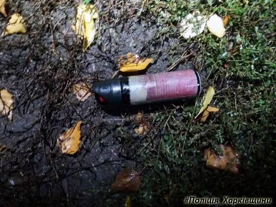 Неизвестный открыл стрельбу уторговых киосков вХарьковской области