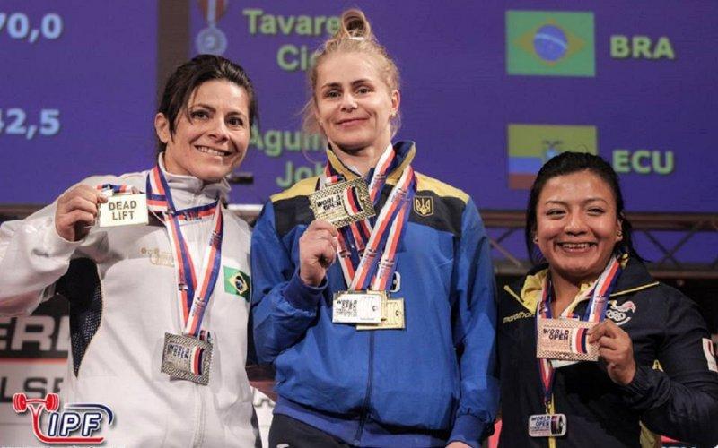Анастасия Петрова завоевала «золото» чемпионата мира попауэрлифтингу