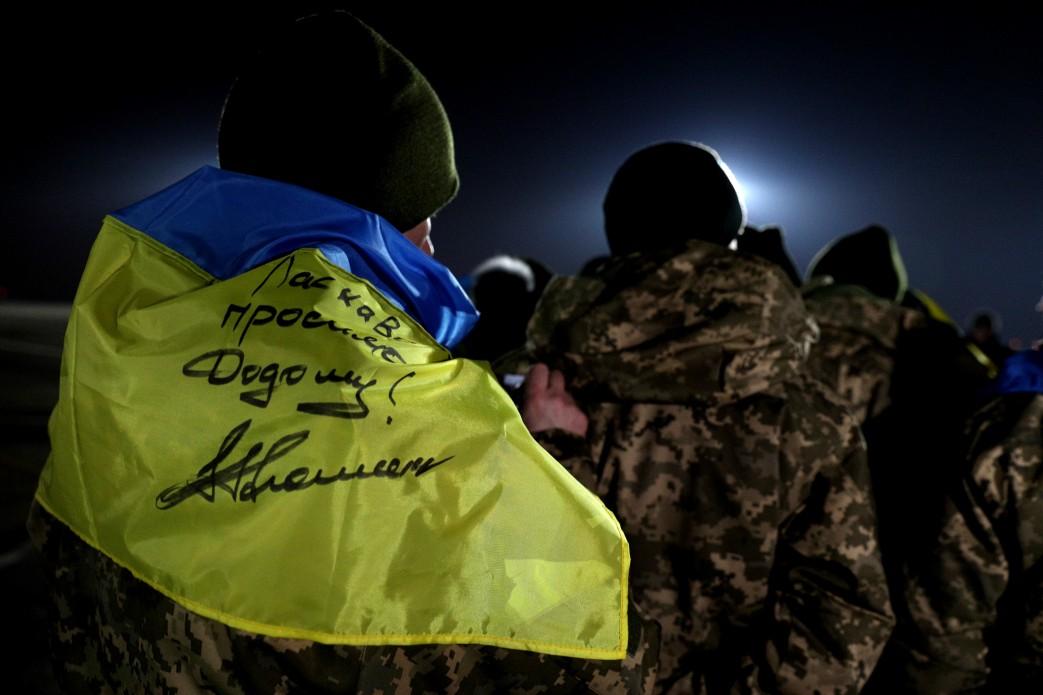 Вхарьковском аэропорту готовятся встречать освобожденных пленных