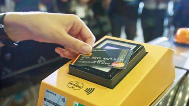 Практически готово: вхарьковском метро протестируют валидаторы E-ticket